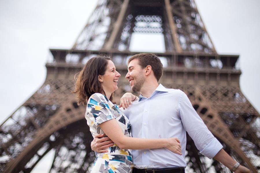 Paris, France Eiffel Tower Couples Portrait Session, Family Lifestyle Natural Light Photographer_014.jpg