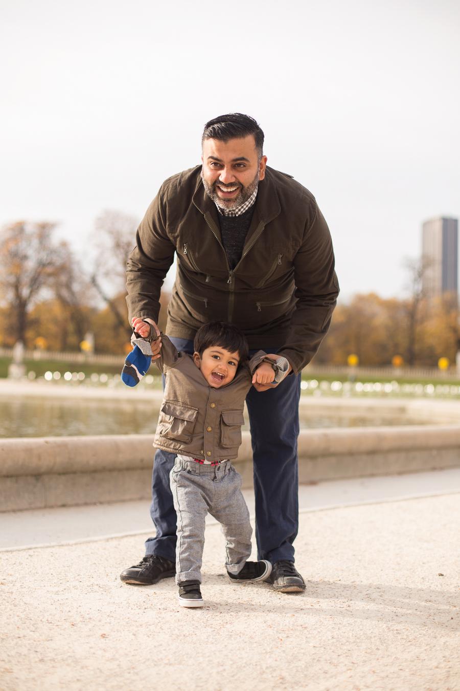 paris-france-lifestyle-maternity-family-photographer-jardin-du-luxembourg_011.jpg
