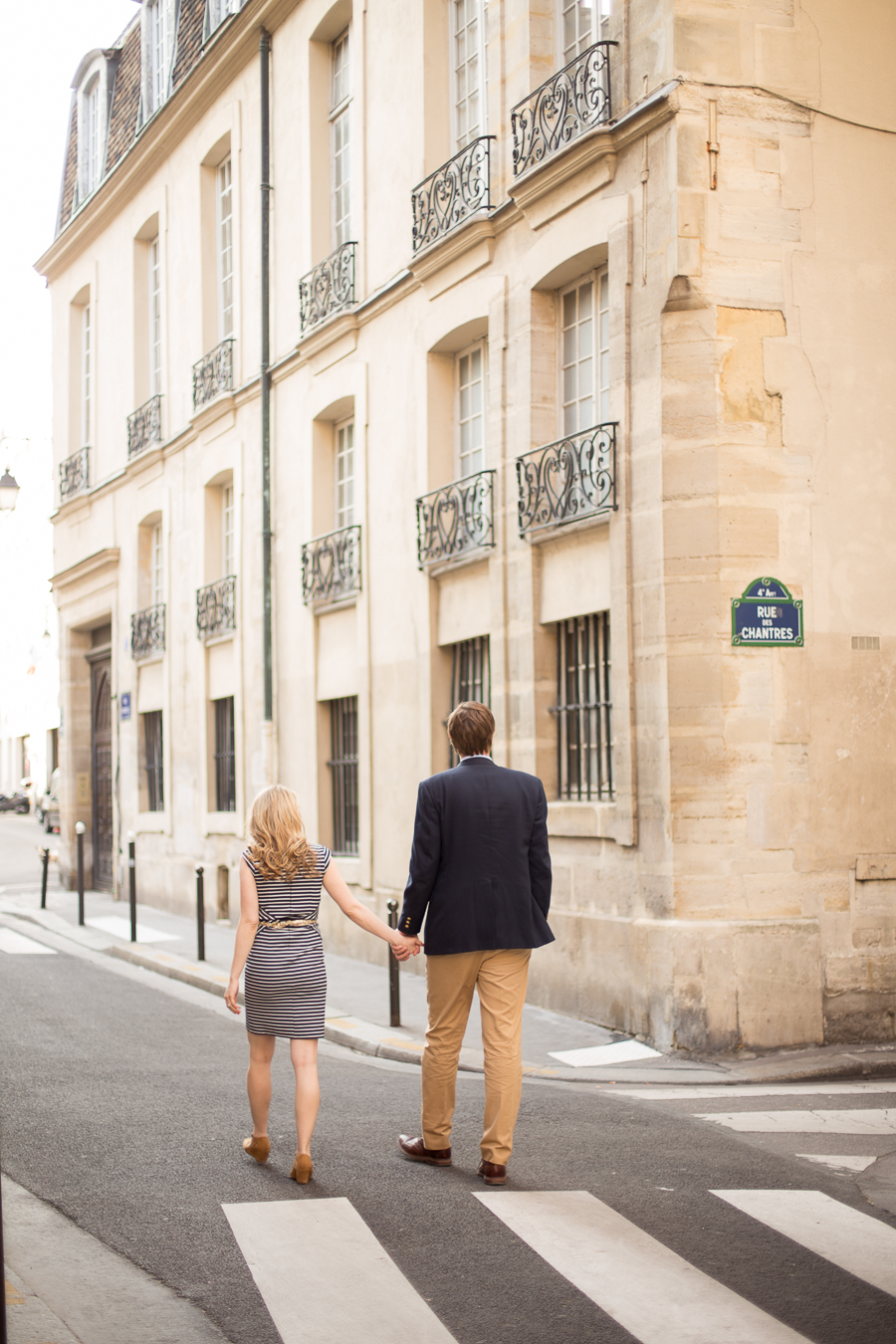 romantic-babymoon-ideas-paris-maternity-photographer-6