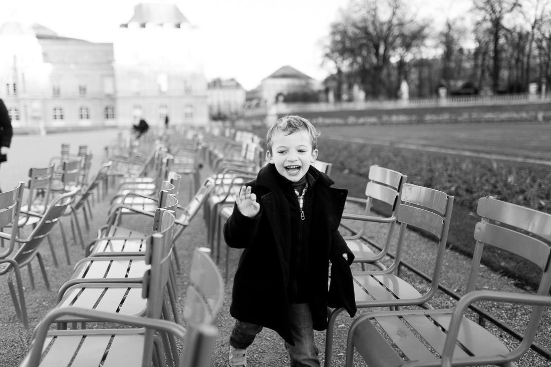 winter-family-photo-session-ideas-paris-photographer-7