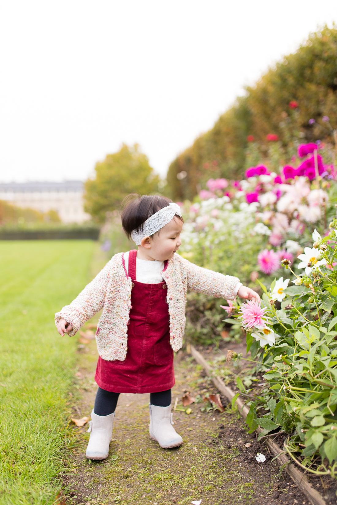spring-fall-family-maternity-paris-palais-royal-louvre-photo-session-inspiration-6