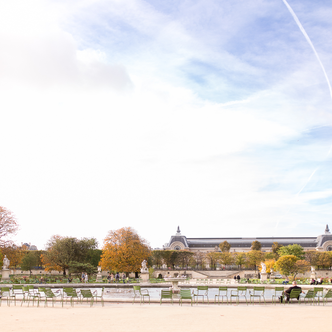 spring-fall-family-maternity-paris-palais-royal-louvre-photo-session-inspiration-18