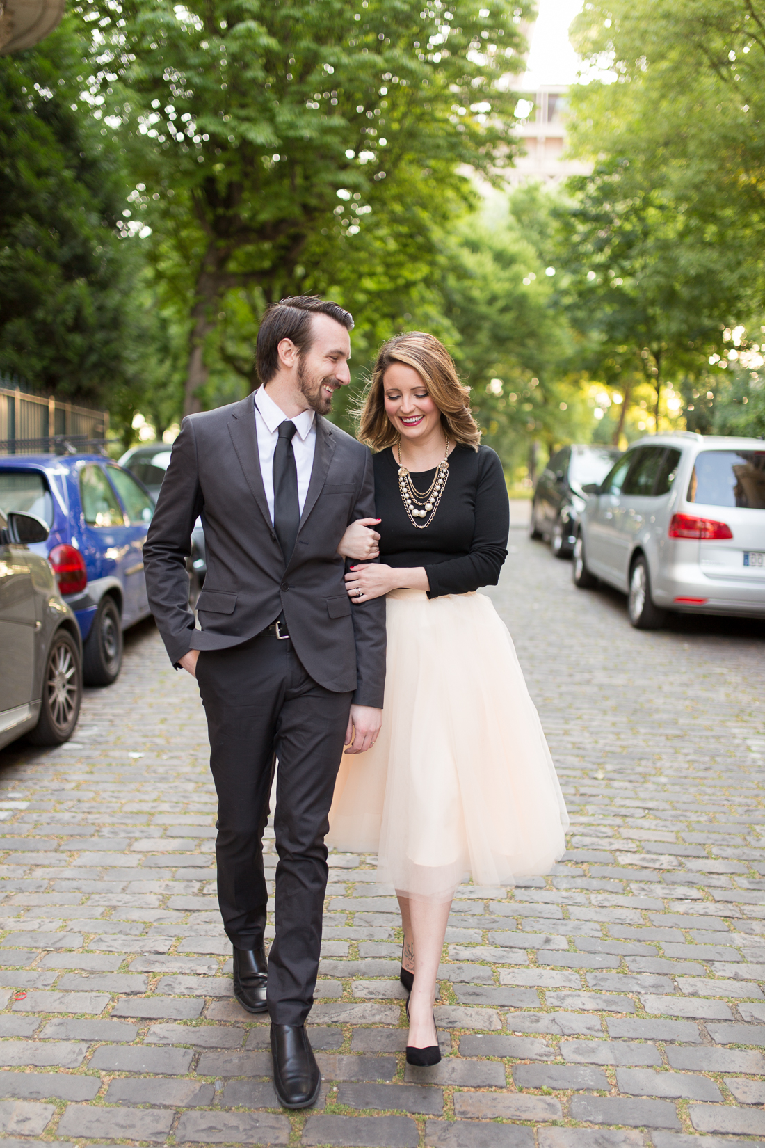 romantic-fun-honeymoon-ideas-in-paris-photo-shoot-1