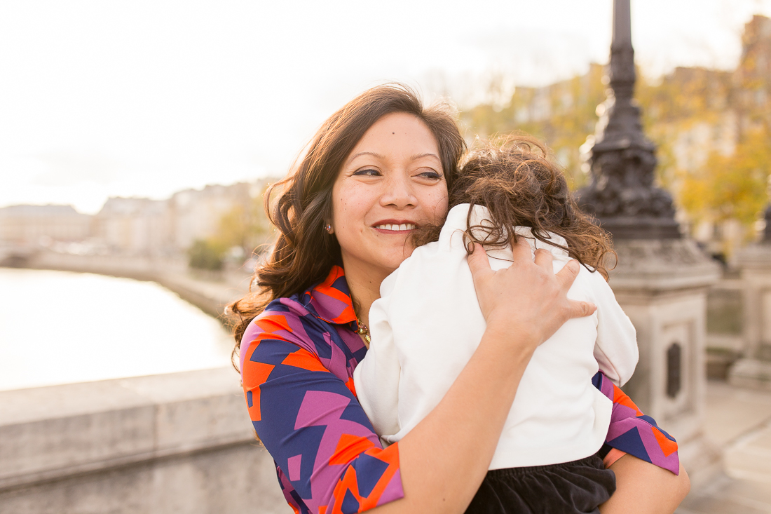 spring-fall-family-paris-eiffel-tower-photo-session-outfit-inspiratn-20