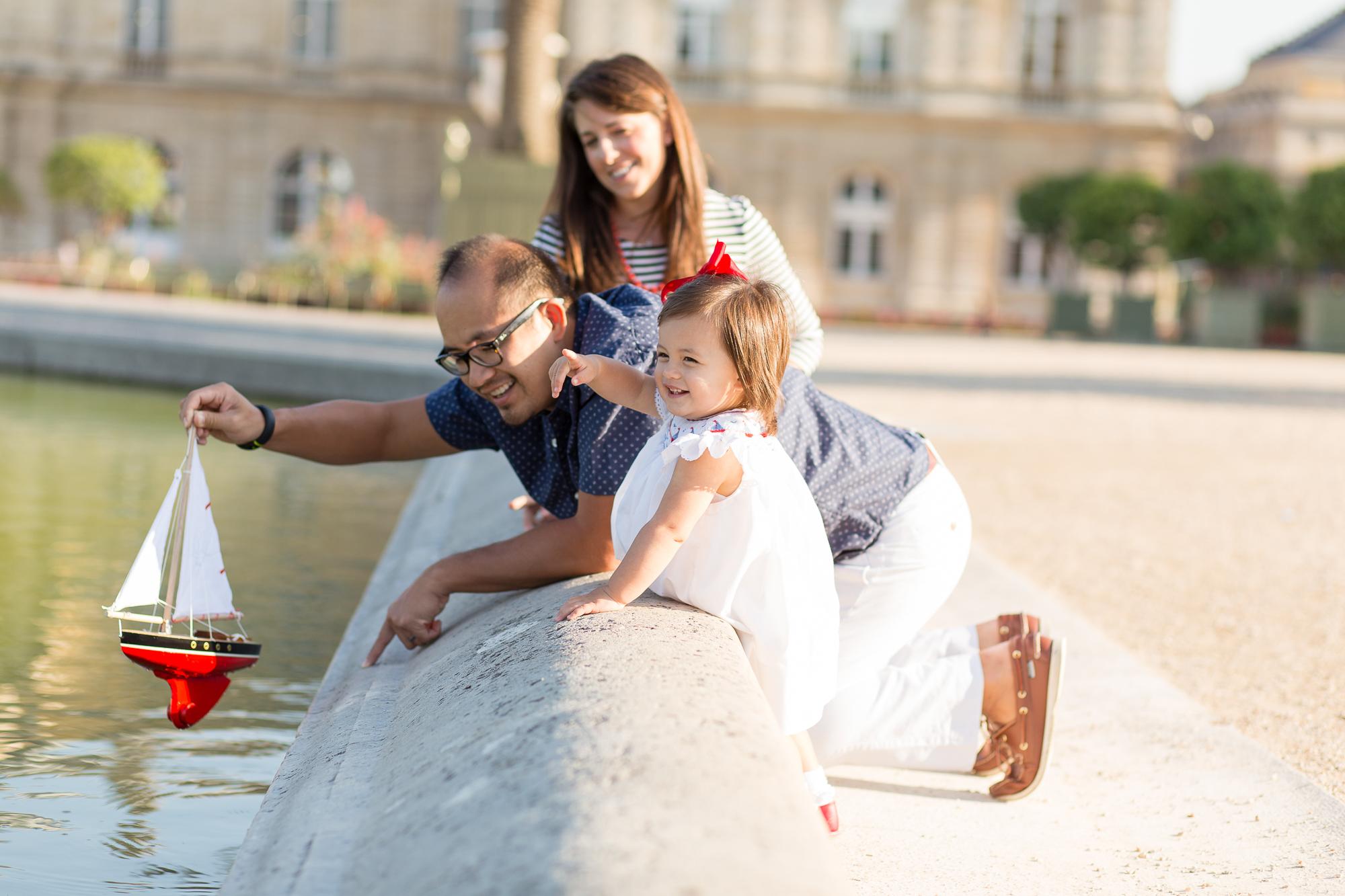 paris-europe-lifestyle-family-photographer-16.jpg