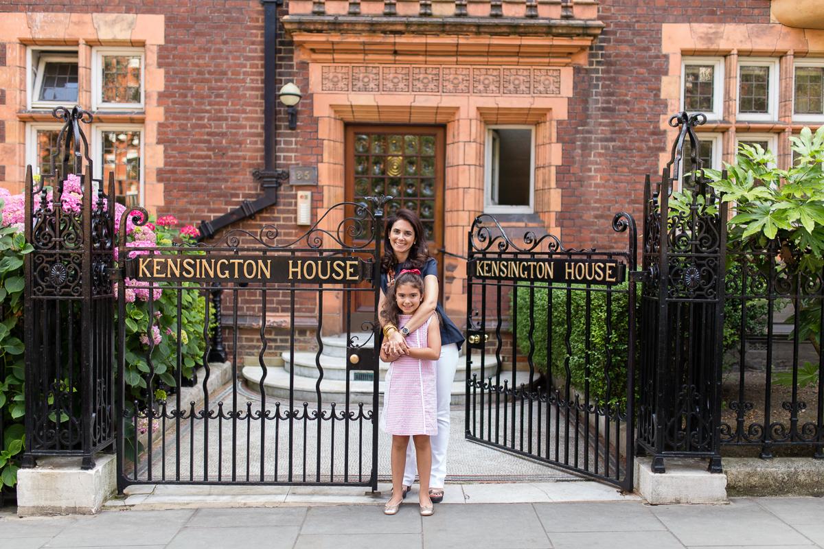 mother-daughter-photos-london-photographer-kensington_005.jpg