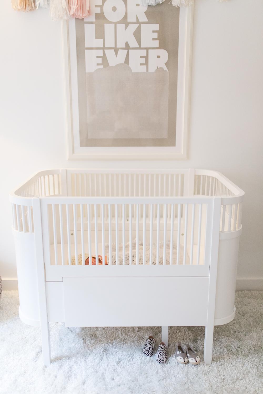 stylish-newborn-photo-session-inspiration-at-home-paris-photographer_015.jpg