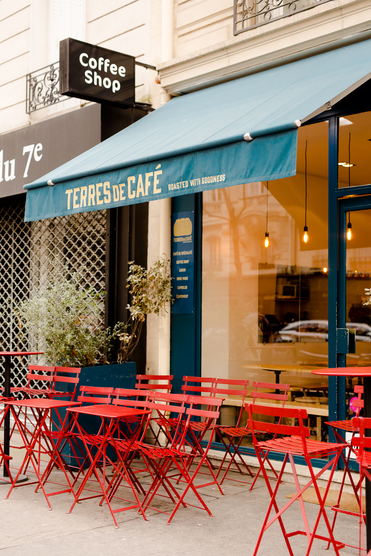 best-cafe-around-eiffel-tower-terres-de-cafe_012.jpg