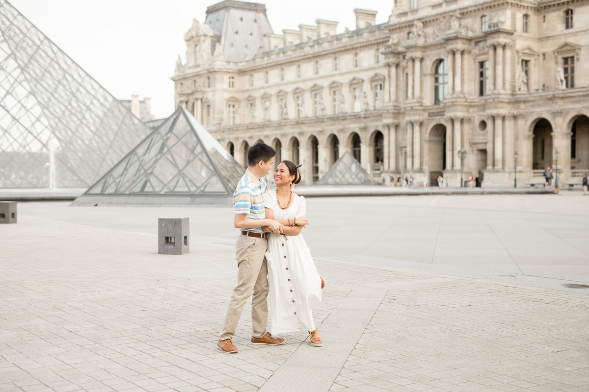 Romantic-Couples-Photo-Session-Eiffel-Tower-Paris-Photographer-Katie-Donnelly_008.jpg