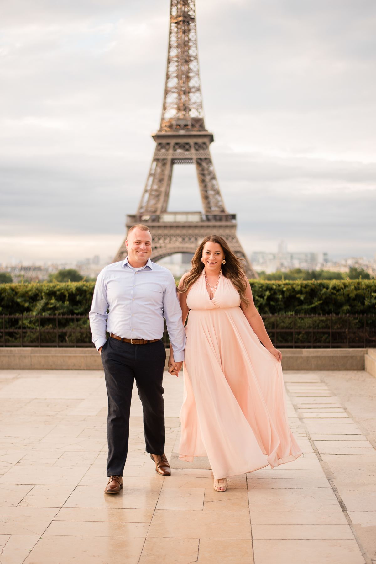 Romantic-Parisian-Photo-Session-Eiffel-Tower-Photographers,-Katie-Donnelly-Photography_001.jpg