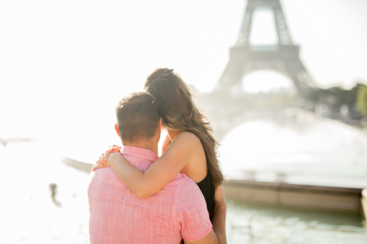 eiffel-tower-pregnancy-announcement-paris-english-speaking-photographers-katie-donnelly-photography_004.jpg