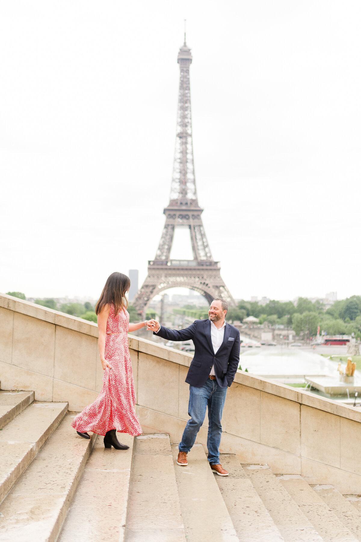 dating paris english)