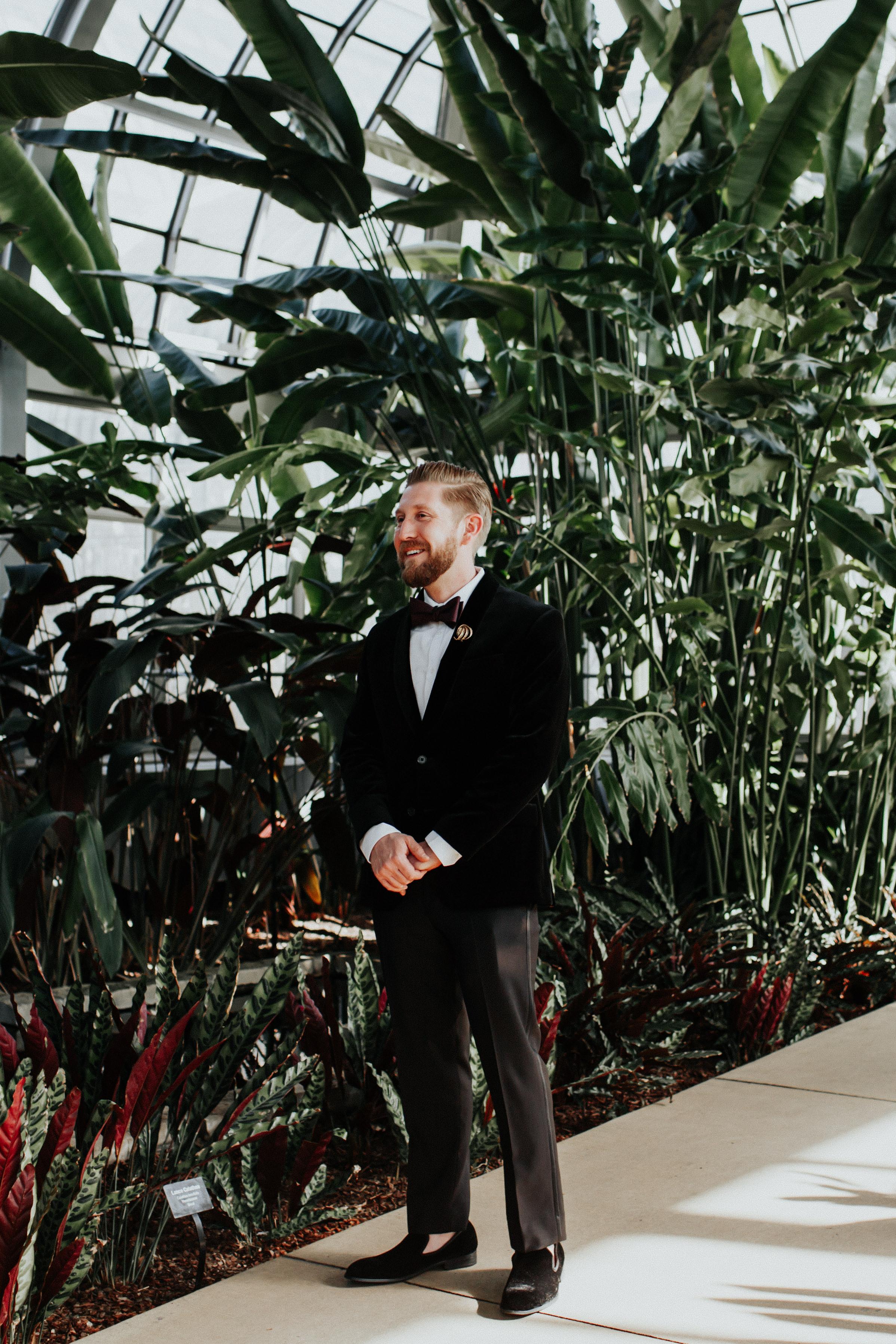 Garfield Park Conservatory wedding photographer chicago