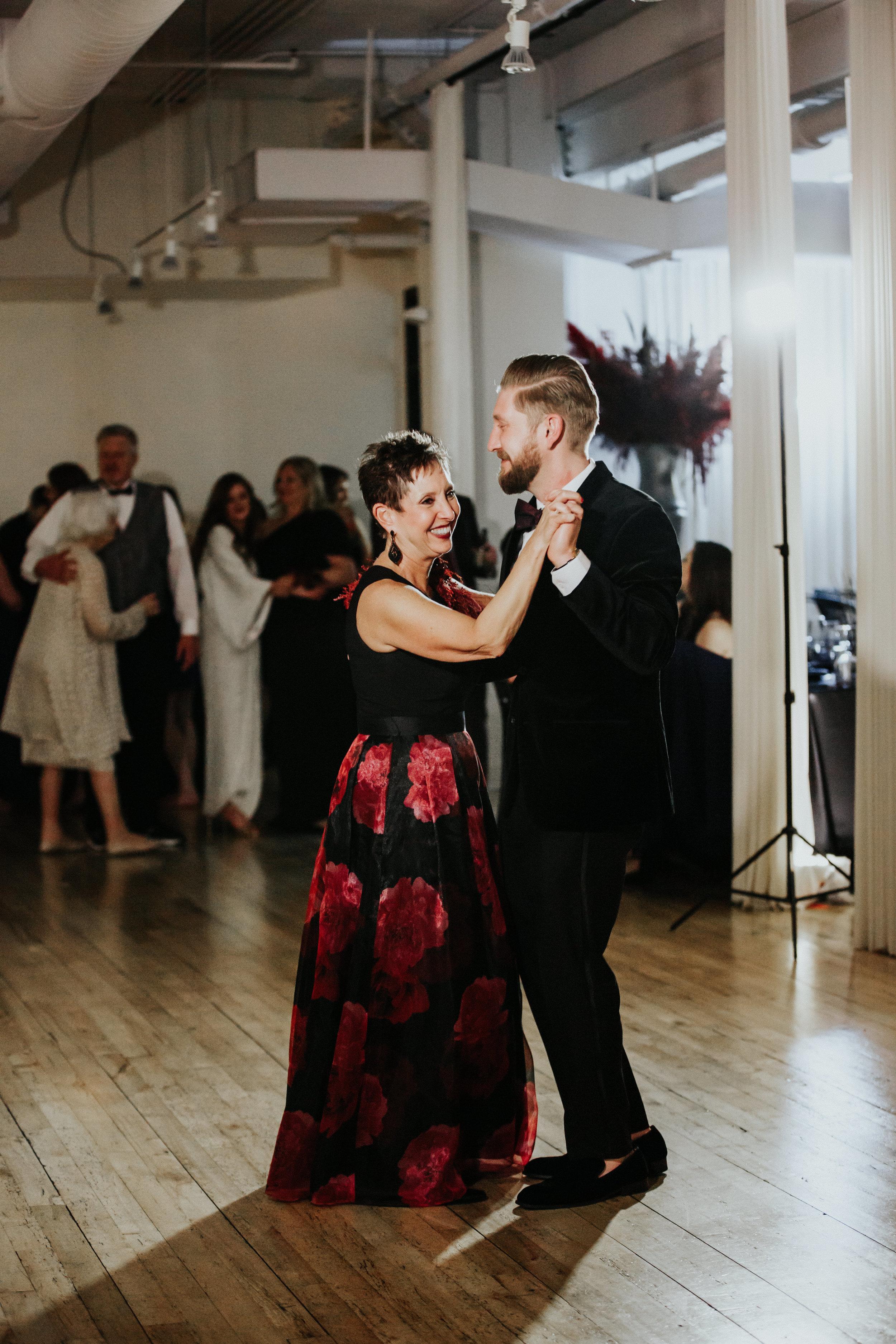 edgy style wedding photographers chicago