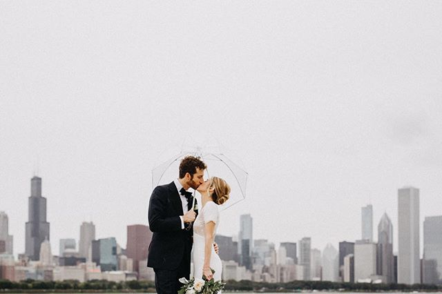 Chicago weather is pretty much always nuts, and I'm so glad my babes are always up for anything! It started raining and we literally stopped for a few seconds- mid-sprint, on our way back to the trolly to snap this sweet skyline shot. Worth it 🙌🏼 @ccroll @gosethgo . . . . Planner @esteraevents Floral @fleurinc Hair + Makeup @rosemarymonicahair