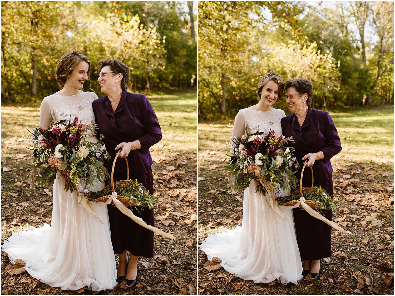 Best wedding photographers in ohio grandma flower girl.jpg