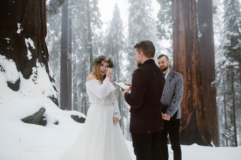 christina & jeremiah - Sequoia national park winter elopement