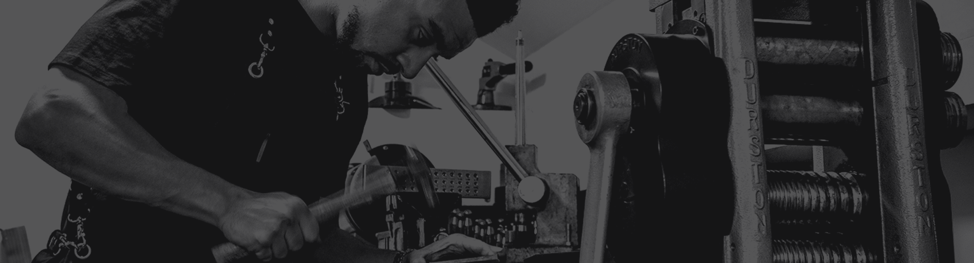 + Apparel - // DEVELOPED BY TRADESMEN CRAFTED BY HAND.
