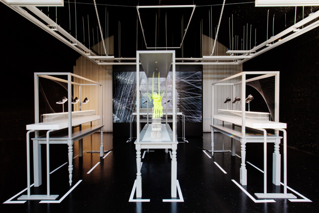 'NATURE AMPLIFIED' NIKE FREE FLYKNIT CITY PACK INSTALLATION AT NIKE STADIUM   1948 LONDON CONCEPT STORE PHOTOGRAPHED BY NAT URAZMETOVA [SOME/THINGS AGENCY]
