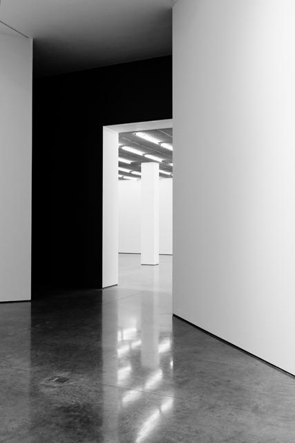 SOMESLASHTHINGS AGENCY WHITE CUBE Bermondsey London Julie Mehretu by Nat Urazmetova 10.jpg