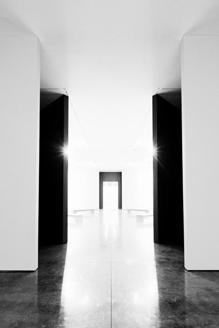 SOMESLASHTHINGS AGENCY WHITE CUBE Bermondsey London Julie Mehretu by Nat Urazmetova 09.jpg