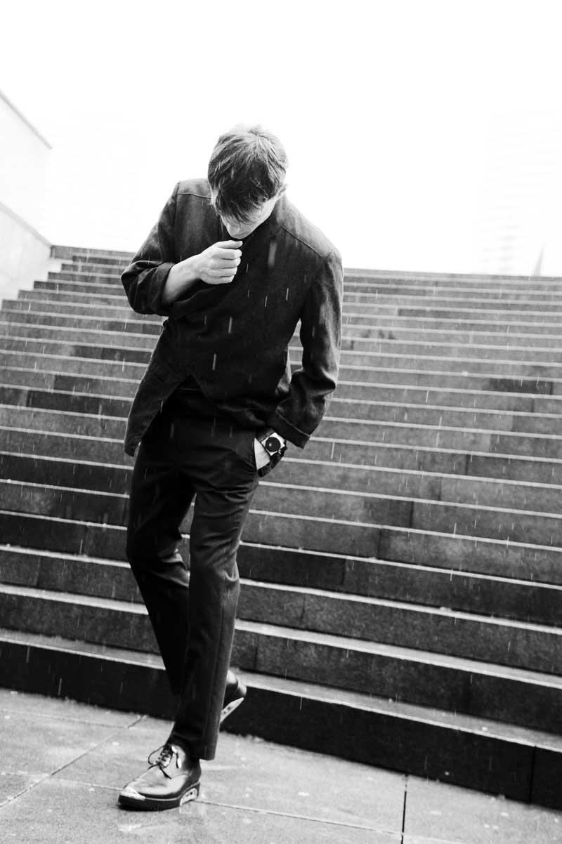 vest thomas demess t-shirt dior trousers kris van assche socks falke shoes dior watch fob paris  photography by elise toïde    S/TUDIO