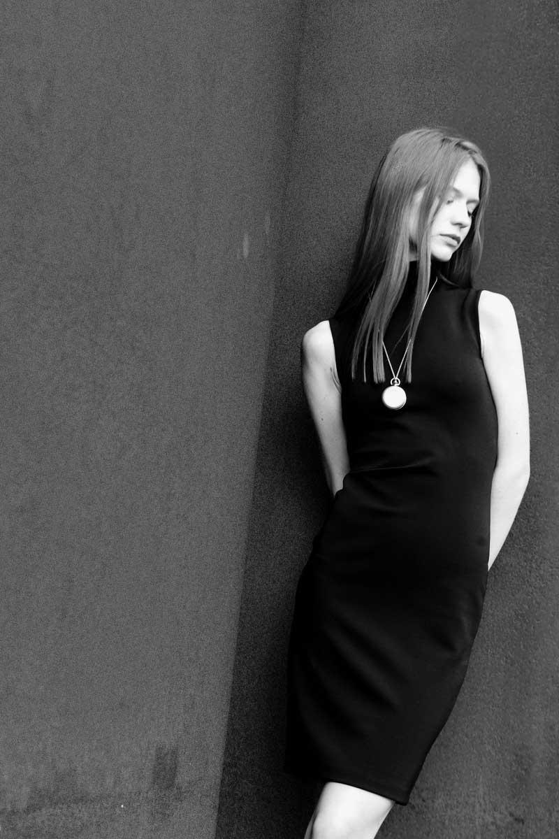 dress acne studios necklace watch fob paris photography by elise toïde    S/TUDIO