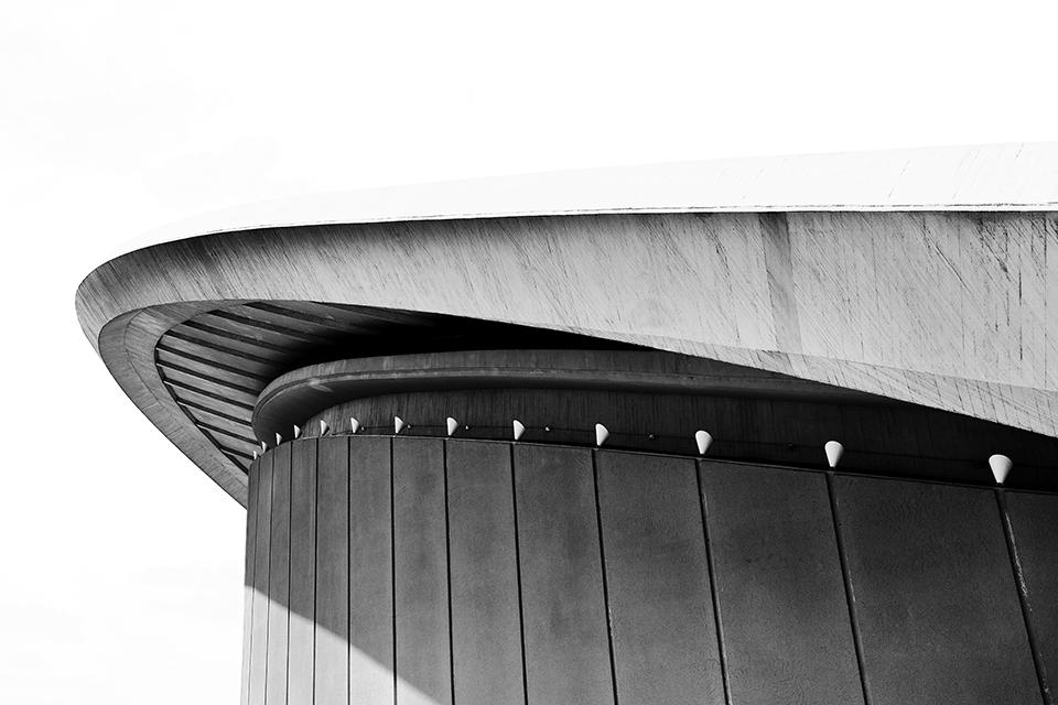 Berliner Haus Der Kulturen Der Welt photography by nat urazmetova  |S/TUDIO