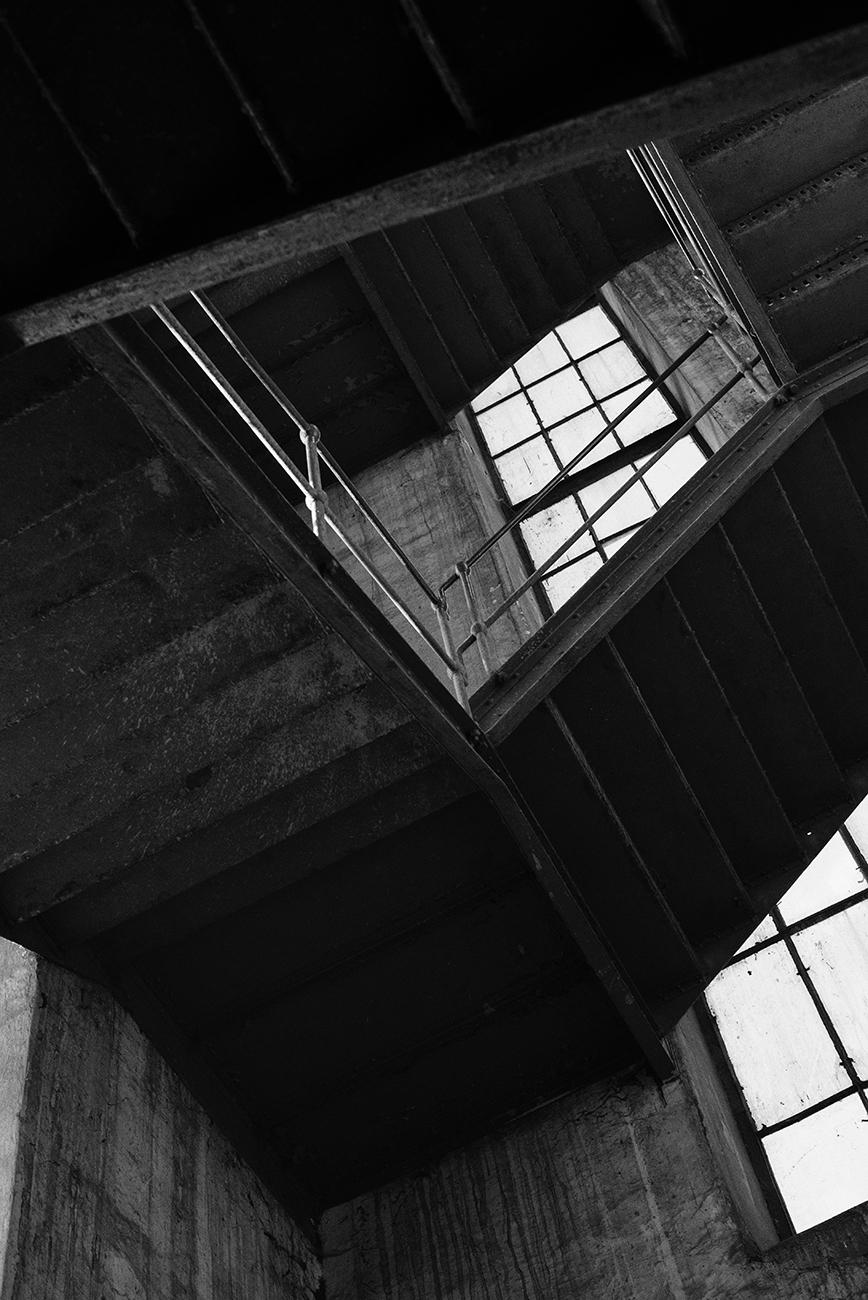 ''disfiguring'' photography by sofiya urban