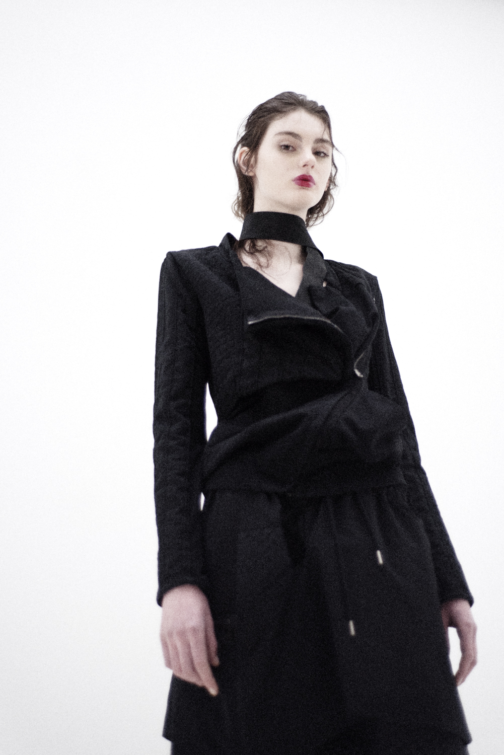 top Roque by Ilaria Nistri, pant Byungmun Seo, leather belt Ilaria Nistri