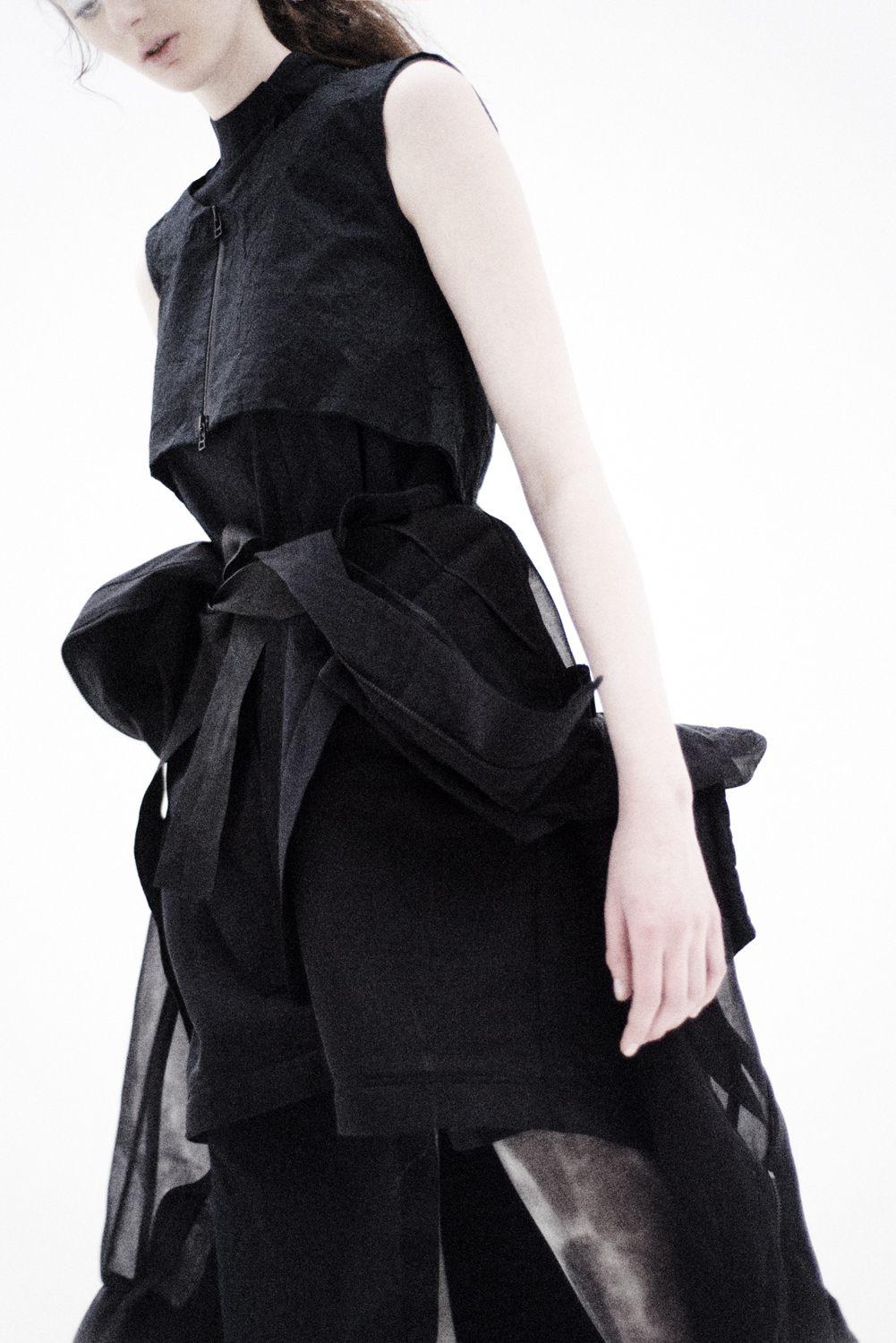 chemisier & gilet GALL Clothing, bomber Byungmun seo, leggings Roque by Ilaria Nistri