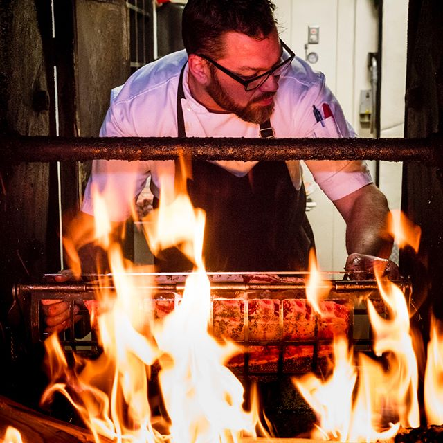 10:31 Chef Ryan Gilmour of @notablecalgary makes the list because he's difficult to photograph. Difficult because this guy never stops moving! One of the hardest working guys I know, and makes a lot of damn delicious food for Notable clients, day after day after day. Cheers to you Ryan! 🍻  #hardwork #meat #flames
