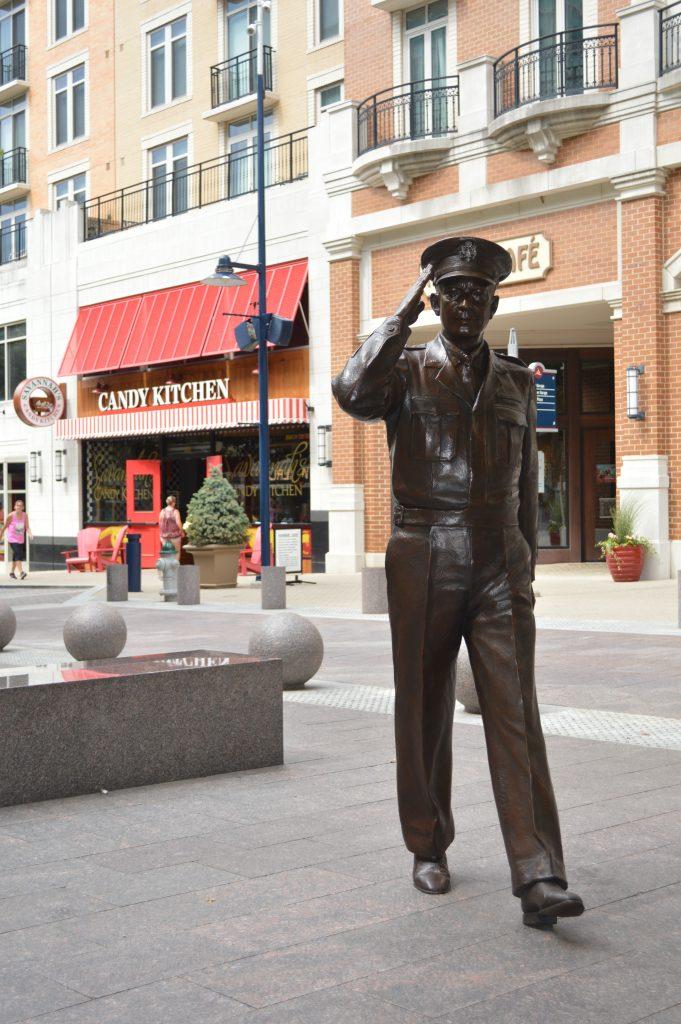 Dwight Eisenhower.jpg