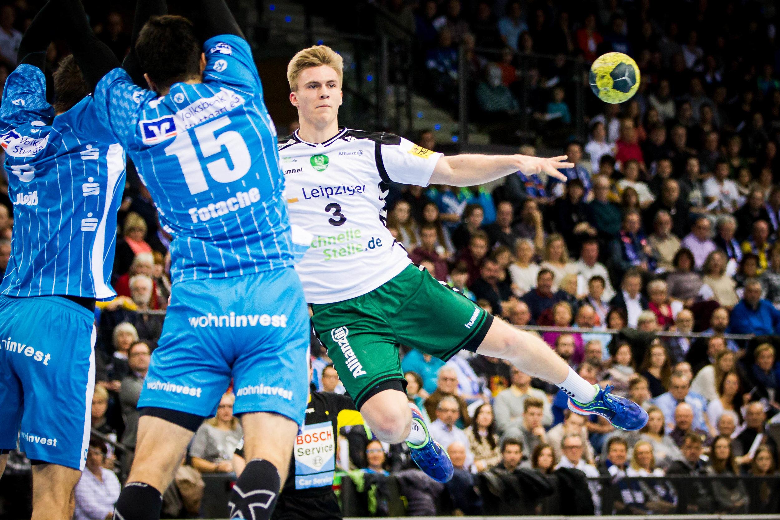 Wurf Franz Semper (3 Leipzig); DKB Handball Bundesliga: TVB 1898 Stuttgart vs SC DHfK Leipzig, Porsche Arena, Stuttgart Germany, 20161226; Foto: Wuechner/Eibner Pressefoto