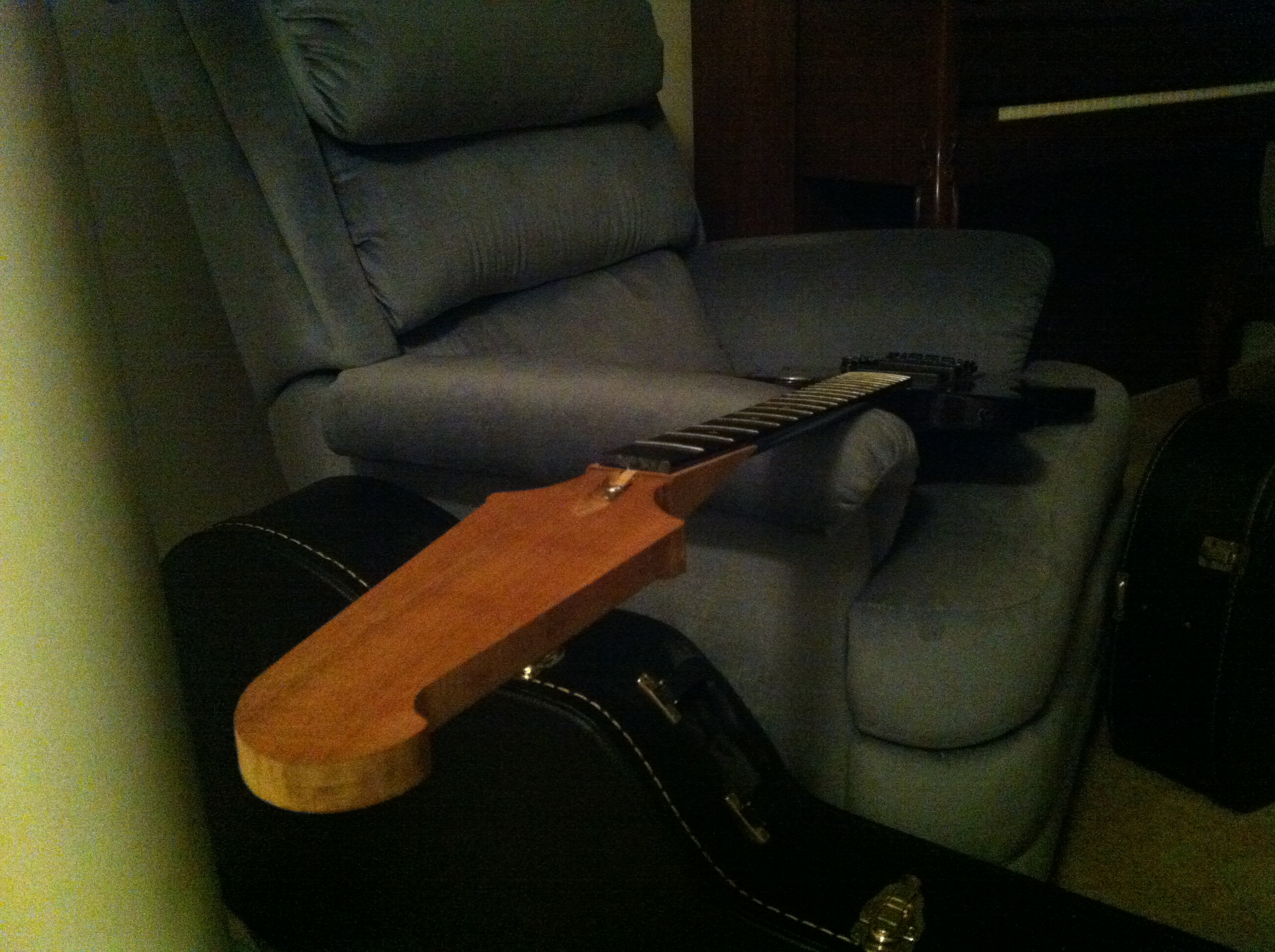 Headstock scarf-joint fitted