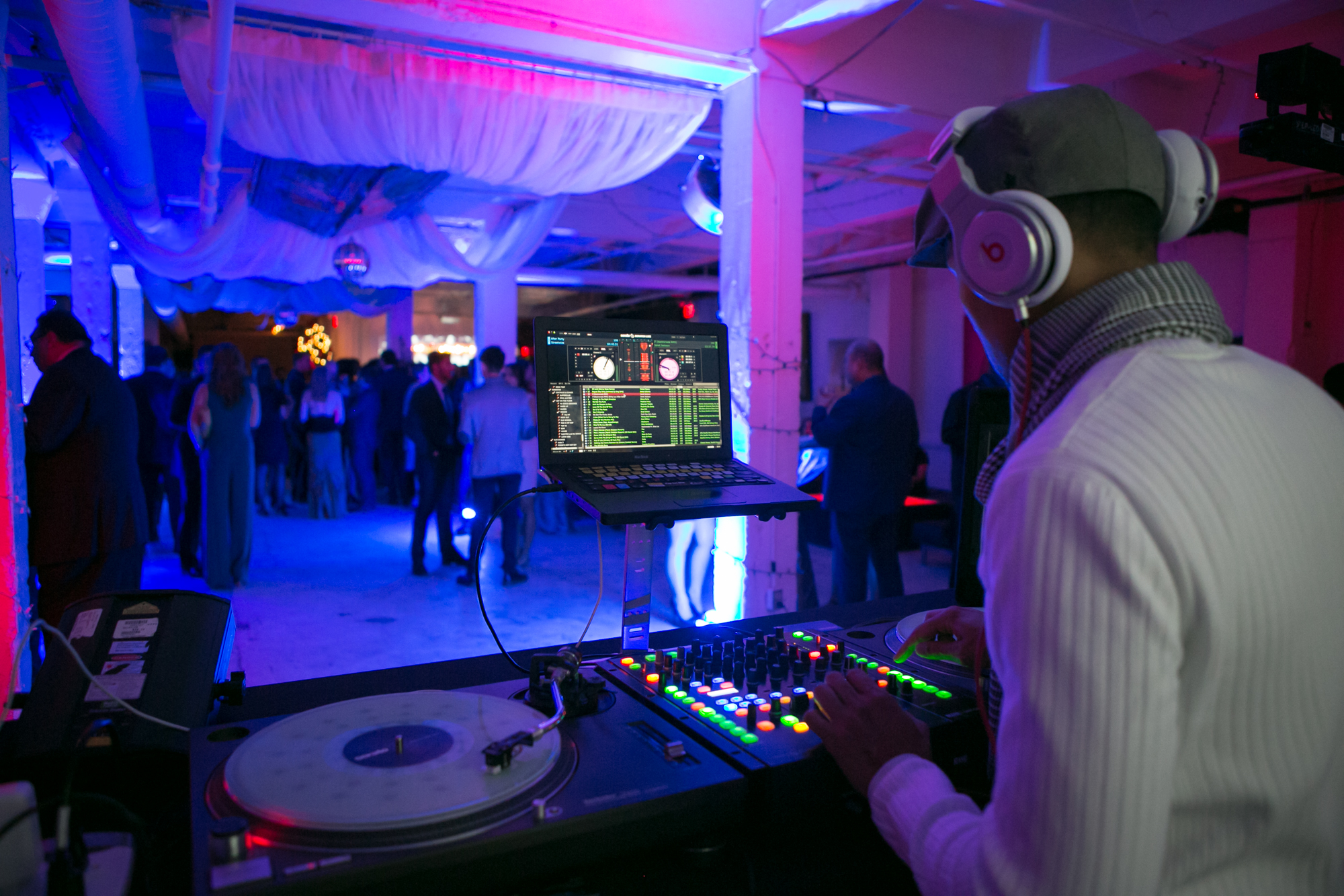 Toronto-Corporate-Photography-DJ-Party-Shot.jpg