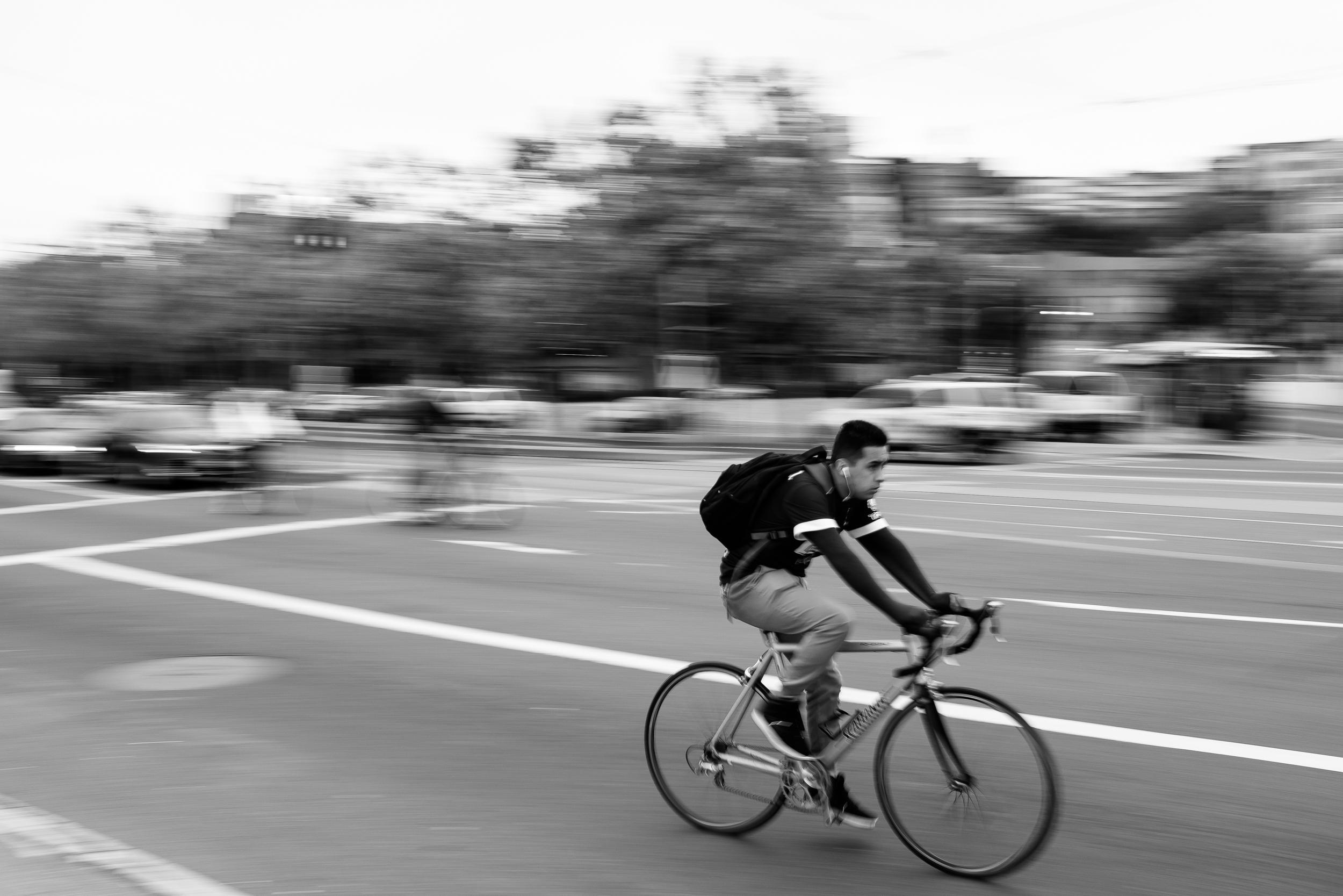 Cyclist, Embarcadero, San Francisco, CA, Fuji X100T