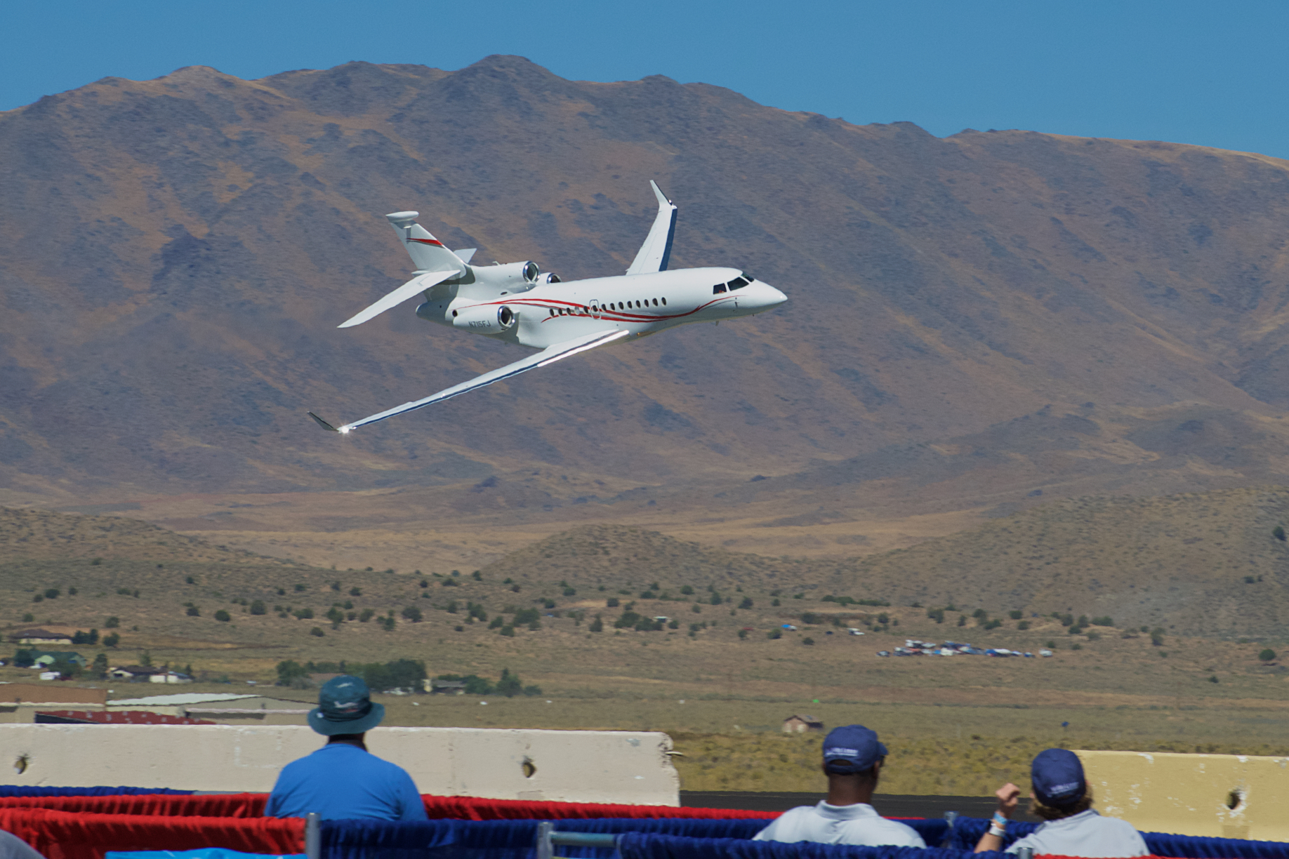 Falcon 7X Flyby, Reno Stead Airport, National Championship Air Races 2015