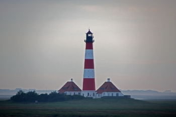 http://maxpixel.freegreatpicture.com/Lighthouse-Mood-Germany-North-Sea-Westerhever-942046