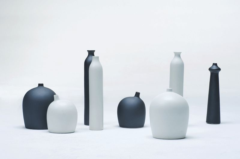 The 'People' vases are made in porcelain in black or white in a family of shapes and sizes.
