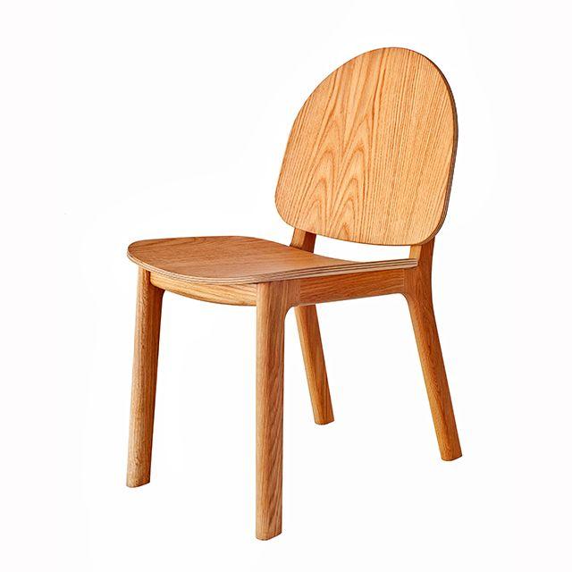 David Caon's 'Ghillie' chair in it's plain American Oak form.