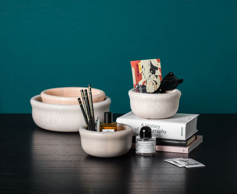 The 'Bowling' bowls were designed together with Petter Skogstad and Anderssen & Voll. Released by One Nordic.