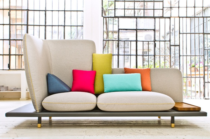 The loose cushion design of the 'Sofa4Manhattan' for Berto, designed by Moiseeva wih Nichetto and Graceffa.