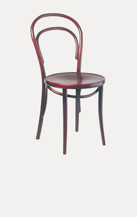 The TON Vienna 14 chair is the perfect starting point for a creative intervention. Elegant and simple, it is held together by just a dozen screws.