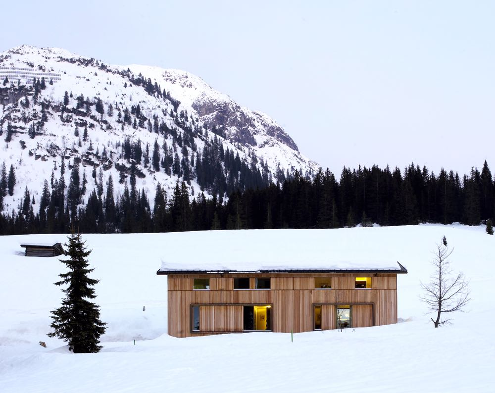 'House S' near Lech am Arlberg in Austria by Dietrich | untertrifaller architekten. Completed in 2005.
