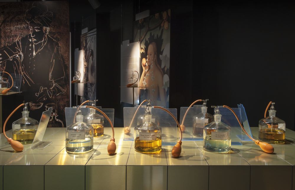 The exhibition traced the development of perfumes from 2000BC until the present day. Testing flasks added a unique element and turned the ambience from museum to perfume laboratory. Photo by Adriano Brusaferri.