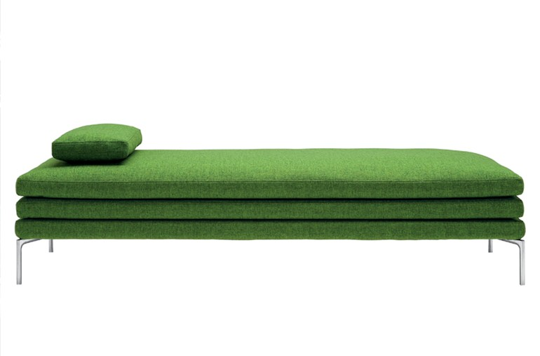 Damian Williamson's elegant 'William' daybed for Zanotta (2010) is part of a large family of 'William' sofas.  The daybed features tubular aluminium legs and includes the signature 'William' triple mattress.
