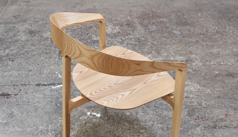 Tom Fereday's 'Bow' chair in ash showing off the timber's amazing grain.