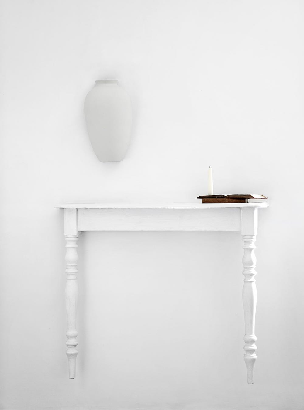 The work of Sofie Lachaert and Luc D'Hanis is nearly always totally restrained and often white. They look at common objects in new ways. Photography by Sharyn Cairns.