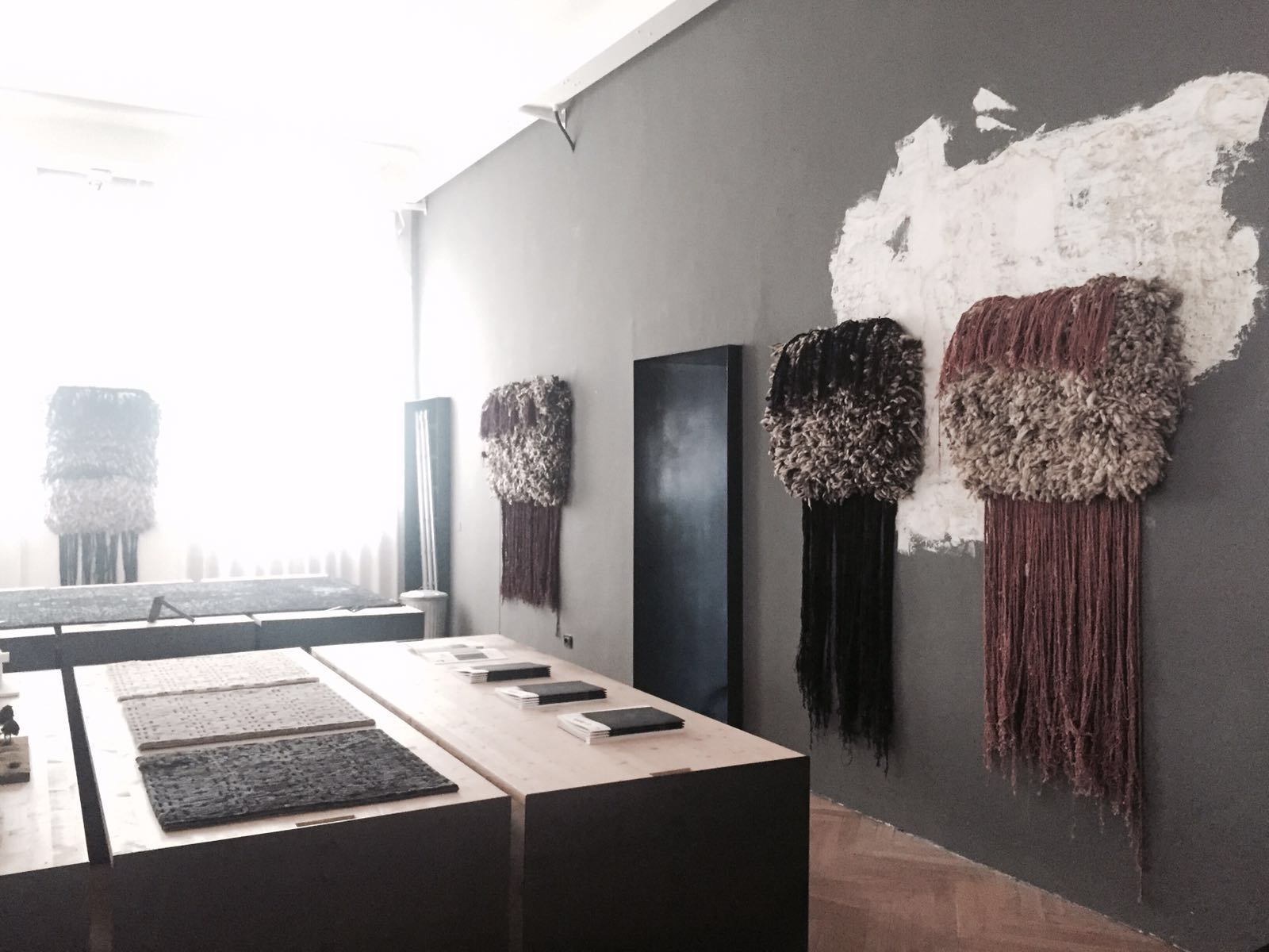 Behind Surfaces  exhibition by Frederico Delrosso Architects for cc-tapis.